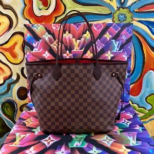 😍❤️😘Authentic Luxury Signature Bags & Wallets